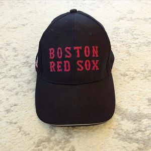 Black & red Boston Red Sox baseball hat